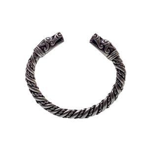 Lot #245 – Vikings (2013-2020) Ragnar Travis Fimmel Screen Used Arm Ring Ss 2